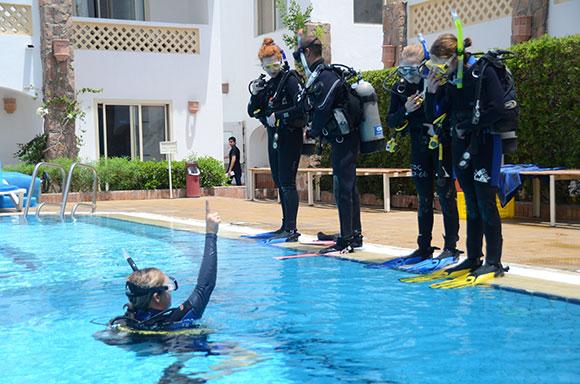 istruttore di subacquea
