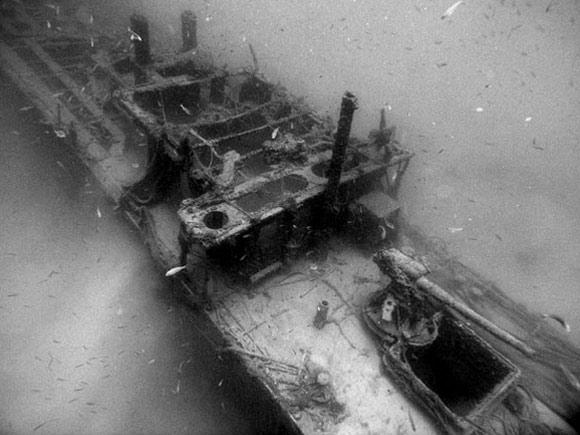 immersione subacquea relitto Equa