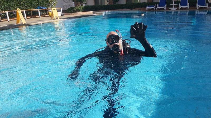 Giuseppe durante il Corso Open Water al Camel Dive Club & Hotel