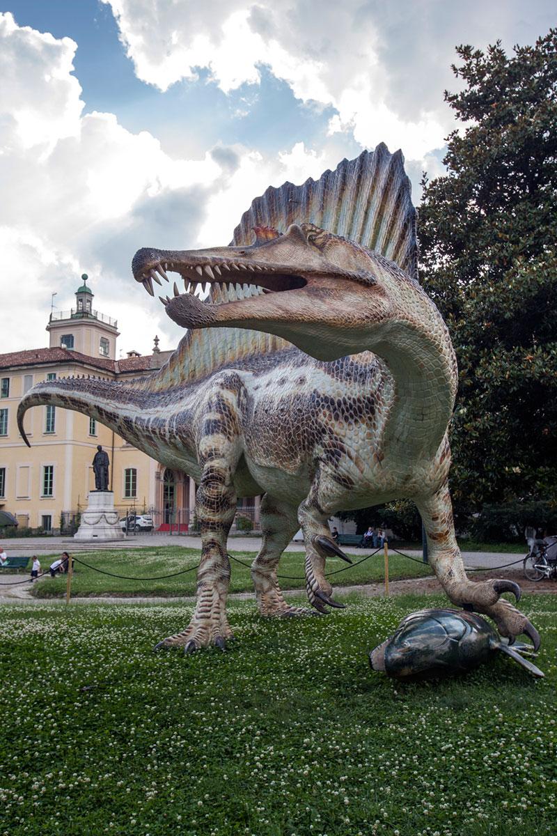 Spinosauro-artiglia-celacanto-Milano-Geo-Model