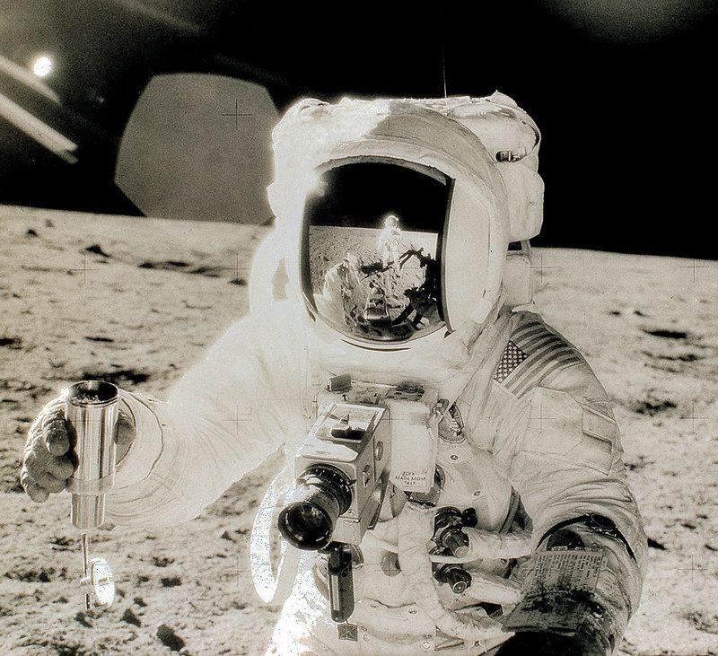 Hasselblad sulla luna, modificata per uno dei primi astronauti