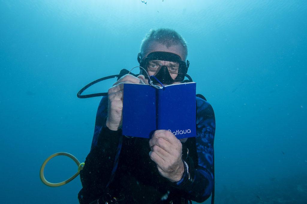 taccuino subacqueo