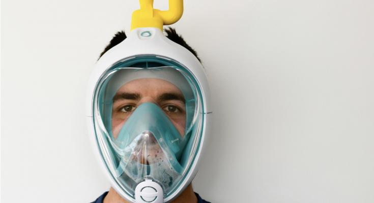 maschera da snorkeling contro il coronavirus